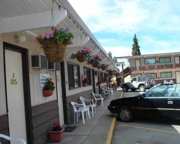 Cedars Motel.jpg