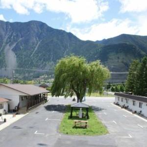 Elks Motel.jpg