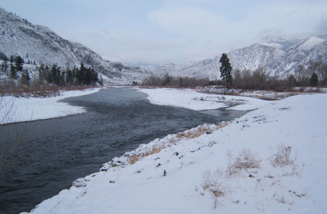 Similkameen River in winter